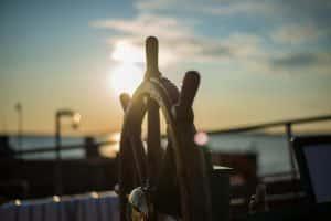Segelboot Steuer